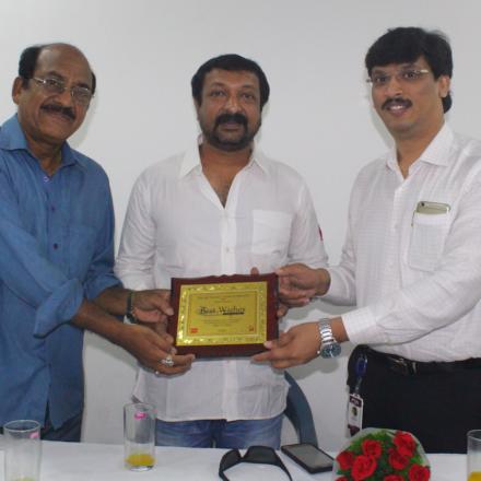 Actor Vaibhav Surya sharing his experiences with FTIH students